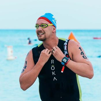 Challenge Aruba 2017 swim exit. Photo by Felicia Meyer.
